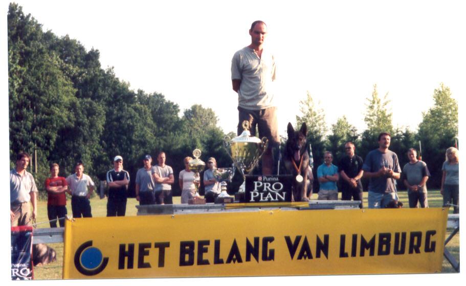 hasselaar2003.jpg